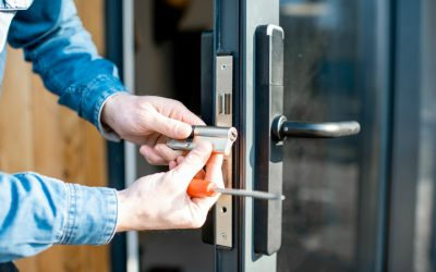 Important Qualities to Look for in a Commercial Emergency Locksmith